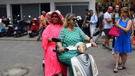 Bülent Ersoy motosikletle gezdi, sokakları inletti