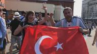 Rus şarkıcı Zvezda Türk bayrağı ve darbukayla Moskova sokaklarında!