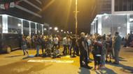CHP Genel Merkezi önündeki eylem yağmura rağmen sürüyor