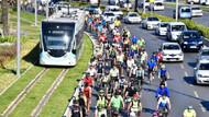 İzmirliler Bisiklet Günü'nde pedal bastı