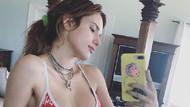 Güzel oyuncu Bella Thorne Hawaii tatilinde
