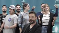 Oğuzhan Uğur YouTube'tan kazandığı 223 bin TL'lik reklam gelirini şehit ailelerine bağışladı