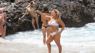 Alanya'da tatilciler plajlara akın etti