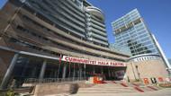 CHP'de imzaların teslim saatine doğru taktik savaşı