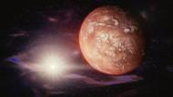 Bu gece Mars 15 yılın en yakın konumunda! Çıplak gözle görülebilecek
