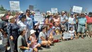Seferihisar Akarca Koyu'nda denizi kim kirletti tartışması