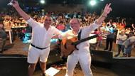 Sinan Erkoç konserinde Rafet El Roman sürprizi