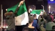 Taksim Meydanı'nda Suriyelilerin yılbaşı kutlaması dikkat çekti
