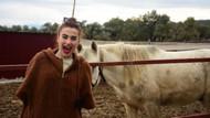 Şarkıcı Ceylan Ertem'den Huzur Çiftliği'ne ziyaret