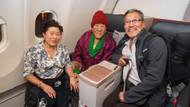 Tibetli kadın yolcu THY'nin tarihine geçti: En yaşlı yolcu