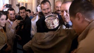 Erdoğan'ı şaşırtan sevgi! Reis diye seslendi, bir anda sarıldı