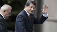 AKP'li 13 vekil istifa edip Davutoğlu'nun partisine geçiyor iddiası