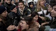 Soylu kadınların danslı protestosuna müdahaleyi savundu