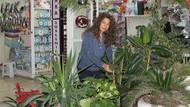 KHK'li çiçekçi! Leyla Sezen 3 yıldır hayatını çiçekçilik yaparak kazanıyor