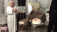 Mesih olduğunu iddia eden Hasan Mezarcı Noel'i doğum günü diye kutladı