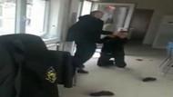 Kadın güvenlik görevlilerine tekme tokat saldırdı hakaret etti