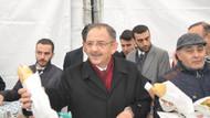 Özhaseki, Kılıçdaroğlu'ndan kazandığı tazminatla Ankara döneri dağıttı