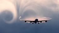 Kötü hava şartları nedeniyle Bursa'ya giden uçaklar Sabiha Gökçen'e indi