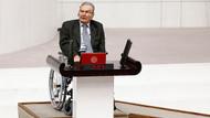 CHP Antalya Milletvekili Deniz Baykal TBMM'de tekerlekli sandalye ile yemin etti
