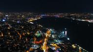 İstanbul kanser için mavi ve turuncuya büründü