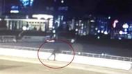 Tartıştığı eşini kucağına alıp 12 metreden aşağı fırlattı