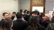 Sıla Gençoğlu ve Ahmet Kural mahkeme salonuna girerken göz göze geldi