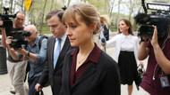 Smallville dizisinin yıldızı Allison Mack: Bazı kadınların seks tarikatına katılmalarını sağladım