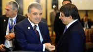 Nagehan Alçı: Gül, Davutoğlu'nu yeni partinin içinde kesinlikle istemiyor