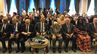 Abdullah Gül Saadet Partisi'nin D-8 etkinliğine alkışlarla girdi