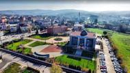 İstanbul'daki AKP'li belediyelerde 502 yöneticiye 1367 araç!