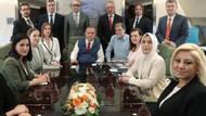 İzzet Çapa'dan Ahmet Hakan yorumu: O uçaktan hiç inmedi ki..