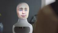 İş görüşmelerini yapay zekalı robot yapmaya başladı