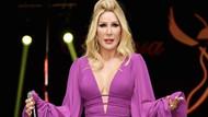 56'lık Seda Sayan bikinili dans şovuyla ortalığı yıktı! Fit vücudu büyüledi