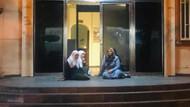 Oğlum dağa kaçırıldı diyen anne HDP binası önünde oturma eylemine başladı