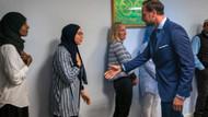 Norveçte müslüman kadınlar veliaht prensin elini sıkmadı