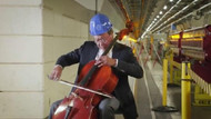 Ünlü viyolonist Yo Yo Ma, CERN'de 100 metre derinde Bach çaldı