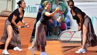 Hülya Avşar derin yırtmaçlı leopar desenli eteğiyle tenis oynarsa...