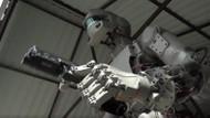Rusya'nın uzaya gönderdiği ilk insansı robot, dünyaya döndü!
