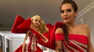 Demet Akalın'ın Barbie bebek elbisesi sosyal medyayı karıştırdı