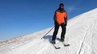 Palandöken'e giden İmamoğlu kayak yaptığı fotoğrafları paylaştı