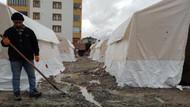 Elazığ'da çadır kentleri su bastı, çadırlar kullanılmaz halde