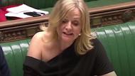 İngiliz milletvekili Tracy Brabin'in tartışma yaratan kıyafeti açık artırmada satıldı
