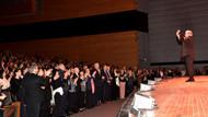 Ünlü sanatçının konserinde Kılıçdaroğlu sürprizi