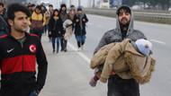 Mülteciler Avrupa'ya geçmek için Kapıkule'ye yürüyor