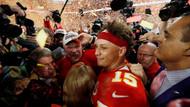 Amerikan futbolunun en büyüğü Chiefs oldu, JLo ve Shakira'nın devre arası şovu geceye damga vurdu