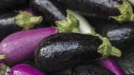 İran'da gökten patlıcan mı yağdı? İnanılmaz görüntüler