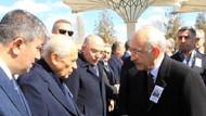 Bahçeli elini cebinden çıkarıp Kılıçdaroğlu ile tokalaşmadı