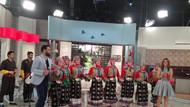 Nadide Sultan'a canlı yayında kına gecesi