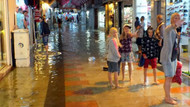 20 dakikalık yağmur Marnaris'i felç etti