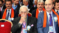 AK Parti kongresinde sürpriz isim
